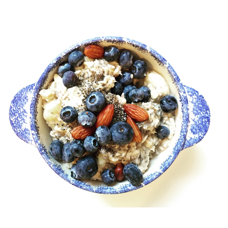 Blueberry Almond Oatmeal